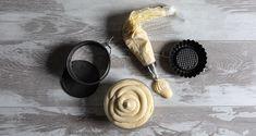 Κρέμα πατισερί από τον Άκη Πετρετζίκη. Η πιο νόστιμη και αφράτη κρέμα για να γεμίσετε τα γλυκά σας! Γεμίστε το προφιτερόλ ή το μιλφέιγ με την κρέμα σας! Greek Sweets, Food And Drink, Cream, Bracelets, Leather, Jewelry, Creme Caramel, Bangle Bracelets, Jewellery Making