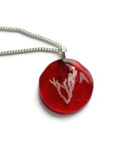 Check out Red Nature Necklace, Red Plant Necklace, red Fused Glass Necklace, Red Circle necklace, red Leaf Necklace, Red Fossil necklace, red eco gift on thejeremiahtreeglass