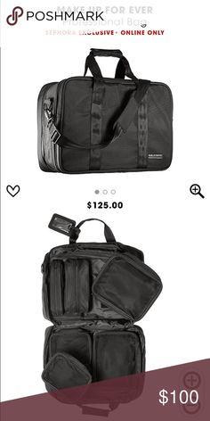 71cd478993e14 Make up forever travel bag!! Lightly used travel case. Great for traveling.