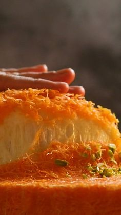 This sweet treat will satisfy your craving for Middle Eastern food videos cravings desserts Knafeh Lebanese Desserts, Lebanese Recipes, Turkish Recipes, Knafeh Recipe Lebanese, Greek Desserts, Sweets Recipes, Cooking Recipes, Dinner Recipes, Ramadan Recipes