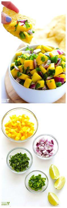 Mango Salsa Mango Salsa -- super easy to make, and SO GOOD! Mexican Food Recipes, Vegan Recipes, Cooking Recipes, Dip Recipes, Recipies, Fingers Food, Mango Salsa Recipes, Healthy Snacks, Healthy Eating
