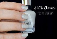 NOTD: Sally Hansen Designer Collection 720 Winter Sky - I need sunshine