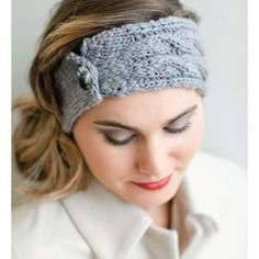 Big Apple Headband FREE knitting pattern from BeSweet. I think this makes a nice mini-cowl, too.