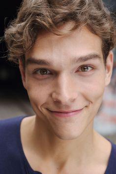 Alex Cunha, aborable smile.