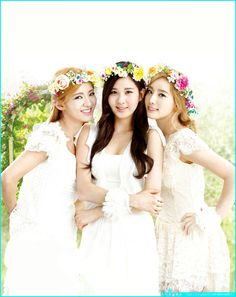 SNSD Hyoyeon, Seohyun and Taeyeon