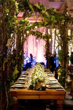 enchanted forest tablescape | ... tablescape brought an enchanted forest indoors. Simply magical! #JFWED
