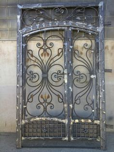 Steel Gate Design, Front Gate Design, Door Gate Design, House Gate Design, Steel Security Doors, Grill Door Design, House Outside Design, Doors And Floors, Wrought Iron Doors