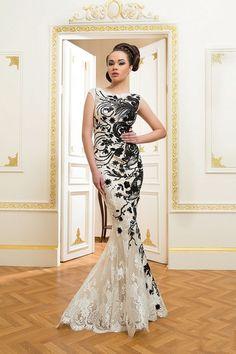 Váy dạ hội đuôi cá ren thêu đính kết họa tiết nổi bật - Váy dạ hội