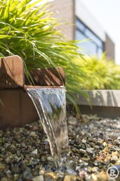 7 Hardy Cool Tips: Pretty Backyard Garden Flower Pots backyard garden design tropical.Easy Cottage Garden Ideas backyard garden fountain how to build. Garden Fountains Outdoor, Backyard Garden Landscape, Small Backyard Gardens, Garden Trees, Backyard Landscaping, Water Fountains, Rustic Backyard, Modern Backyard, Fun Backyard