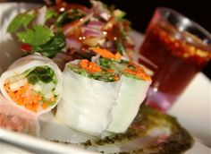 Crispy vegetable & rice paper rolls w/ honey chili dipping sauce