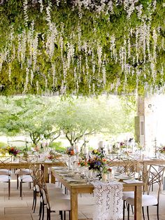 Diy Outdoor Tent Wedding Hanging Flowers Ideas For 2019 Wedding Reception Ideas, Tent Wedding, Outdoor Wedding Venues, Wedding Tips, Garden Wedding, Diy Wedding, Gothic Wedding, Glamorous Wedding, Reception Table