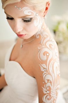 Bridal body art by Hasina Mehndi Body Art (Winnipeg.) Via @Style Me Pretty Canada.
