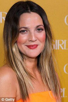 Alexa Chung, Drew Barrymore, and Sarah Jessica Parker have been championing the Ombre hair trend, which is still at the top of the fashion agenda this season. Ombre Highlights, Drew Barrymore, Sarah Jessica Parker, Christina Aguilera, Alexa Chung, Ombre Hair, Fine Hair, Hair Trends, Color Pop