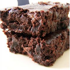 Vegan Brownies ~ GREAT!  Replaced 1 c oil with 1/2 c apple sauce and 1/2 c oil and added 1 c chocolate chips.  VERY MOIST!