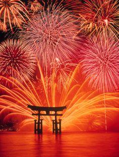 Fireworks, Itsukushima Shinto Shrine in Miyajima, Hiroshima, Japan Fireworks Wallpaper, Fireworks Photography, Fireworks Festival, Miyajima, Fire Works, Sparklers, Night Skies, Beautiful Places, Beautiful Flowers