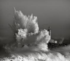 Marina Cano - '43°28′09″N 3°45′58″O' - Storm in the Mouro Island, Santander Cantabria