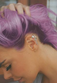 purple hair<<< totally photo-shopped but if I could ever achieve this color I'd be a happy lady