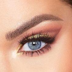 Pink Sparkles, Makeup News, Manuka Honey, Honey And Cinnamon, Yellow And Brown, Neutral Tones, Medium Brown, Natural Looks, Eyeshadow Palette
