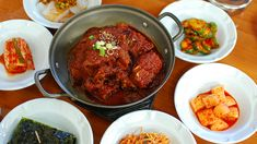 Short ribs are popular in cuisines worldwide, but Korean kitchens have a particular knack for preparing galbi. Read on and discover 10 of the best Korean galbi dishes in Los Angeles. California Food, Southern California, Korean Kitchen, Los Angeles Food, Bean Stew, Short Ribs, Tandoori Chicken, Olympics, Food And Drink