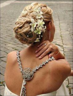 wedding photo - Elegant Wedding Bridal Wavy Updo with Flowers for Long Hair Gorgeous ♥ Open Back Wedding Dress Wedding Hair And Makeup, Wedding Updo, Elegant Wedding, Hair Makeup, Bridal Updo, Wedding Bride, Wedding Ideas, Bride Makeup, Prom Ideas