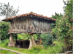 Pamplona, Gazebo, Garden Ideas, House Ideas, Outdoor Structures, House Styles, Travel, Home Decor, Bread Baskets