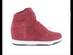 bayan ucuz adidas spor ayakabi fiyatları hakkında http://www.korayspor.com/adidas-ayakkabi-kampanyalari