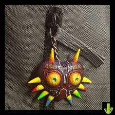 Majora's Mask, llavero terminado! #3dprint #3dprinted #3d #majorasmask #zelda #aneta8 #am8 #art #painting #miniaturepainting… Anet A8, 3 D, Zelda, Wreaths, Christmas Ornaments, Halloween, Holiday Decor, Painting, Instagram