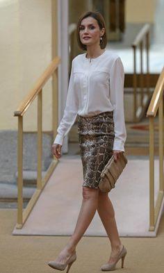 Queen Letizia - snake print skirt