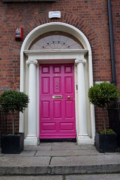 Taking a self-guided walking tour of the Dublin Doors is a perfect way to spend an afternoon in Dublin city. Check out this post for all the info you need!
