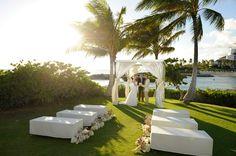 Yvonne Design | Wedding & Event Décor | Hawaii Floral Design. - Ceremonies