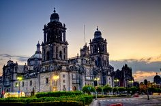 Mexico City Cathedral by Francisco Diez, via Flickr