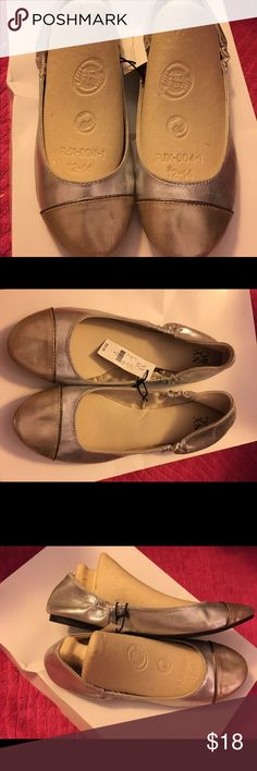 NY & Co silver and gold flats NWT in a size 9 NY & Co very stylish flats done in silver and gold. Added elastic for a great fit. Very comfortable. New and never wore. Smoke free home. Thanks for the interest and God Bless. Bundle and save NY & Co Shoes Flats & Loafers
