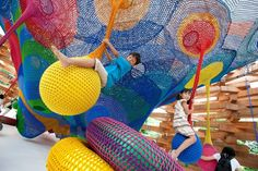 Crocheted Playgrounds by Toshiko Horiuchi MacAdam.- Would you live in these installations?  These interactive art installations bring a little glimpse of the surreal to real life. (via http://jaredleto.com/thisiswhoireallyam/2013/07/31/would-you-live-in-these-installations/