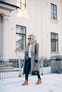 35 Ideas for timberland boats outfit fall fashion style Timberland Outfits Women, Timberland Stiefel Outfit, Timberlands Women, Timberland Boots How To Wear, Timberland Style, Winter Boots Outfits, Fall Outfits, Outfit Winter, Grunge Outfits