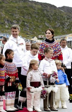 Crown Prince Frederik and Crown Princess Mary | MYROYALS &HOLLYWOOD FASHİON