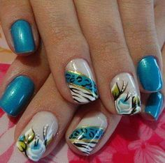 Nails Blue Cristal