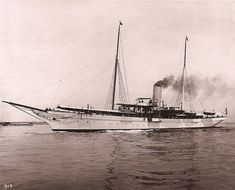 Cornelius Vanderbilt III's North Star (233 long, 30 feet wide) was Neily's first ocean-going steam yacht named for his great-grandfather's yacht in which he cruised around the world. He and Mrs. Vanderbilt entertained the King and Queen of England (Edward VII), Kaiser Wilhelm II and President Theodore Roosevelt. Mrs. Vanderbilt's dinner service made for the yacht included 108 plates. As his wife's social calendar became more active, Mr. Vanderbilt spent more time aboard his yacht.