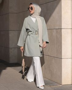 Muslim Fashion 847943436077547351 - ✔ Fashion Style Hijab Casual Source by Casual Hijab Outfit, Hijab Chic, Hijab Fashion Casual, Office Outfits Women Casual, Street Hijab Fashion, Muslim Fashion, Casual Office, Style Fashion, Abaya Fashion