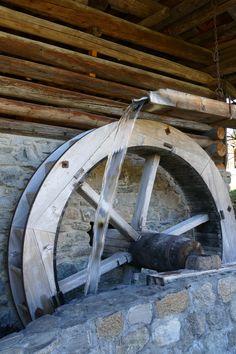 Alte Mühle in Klosters. Einmal im Sommer wird hier tatsächlich noch gemahlen.