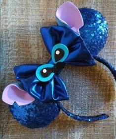 Your place to buy and sell all things handmade Disney Ears Headband, Disney Headbands, Diy Headband, Ear Headbands, Disney Diy, Diy Disney Ears, Disney Crafts, Disneyland Ears, Stitch Ears