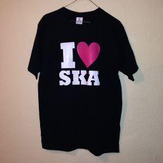 """Impresión a dos tintas: """"I LOVE SKA""""."""