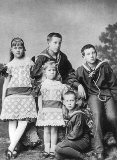 """The future Grand Duchesses of Russia,Princesses of the Hellenes with their brothers ~ Alexandra,who would marry Grand Duke Pavel Alexandrovich Romanov of Russia and Marie who would marry the Grand Duke Georgiy Mikhailovich Romanov of Russia. """"AL"""""""