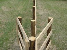 Board fence with walk through – these are so much handier than opening a gate. Board fence with walk Pasture Fencing, Horse Fencing, Farm Fence, Backyard Fences, Fence Gate, No Climb Horse Fence, Ranch Fencing, Low Fence, Small Fence