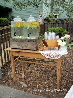 Holly Do.: wedding beverage station