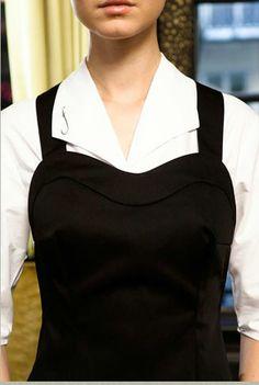 women's apron with sweetheart neckline Corporate Uniforms, Staff Uniforms, Waiter Uniform, Hotel Uniform, Restaurant Uniforms, Uniform Design, Work Attire, Work Wear, Uniform Ideas
