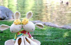 Ravelry: Spring Bunny pattern by Josephine Wu. Crochet Bunny, Knit Or Crochet, Crochet Dolls, Free Crochet, Yarn Animals, Crochet Animals, Knitting Yarn, Baby Knitting, Knitting Projects
