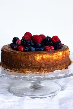 Tarta de queso con frutos del bosque / Cheesecake with berries