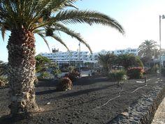 Unser Hotel direkt über dem Strand