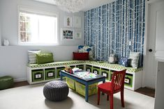 Attaching photos to toy storage in the playroom helps with easy identification and (hopefully) faster clean-up.