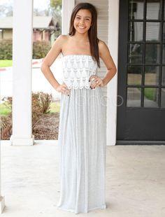 白いマキシ ドレス ストラッ プレスのプリーツをつけられたアクリル ドレス